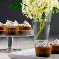 Raw Mini Pumpkin Pies