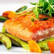 Pan Seared Salmon With Mint Pea Puree