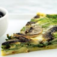 Spinach, Mushroom + Garlic Quiche With White Sweet Potato Crust